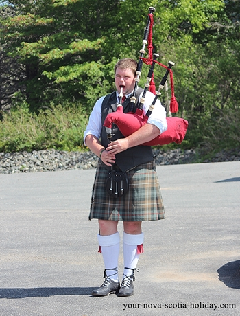 The piper at the Gaelic College plays everyday at noontime to the delight of visitors.