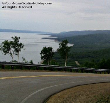 Partial view of the descent on Cape Smokey