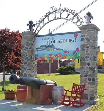 Louisbourg Welcomes You!